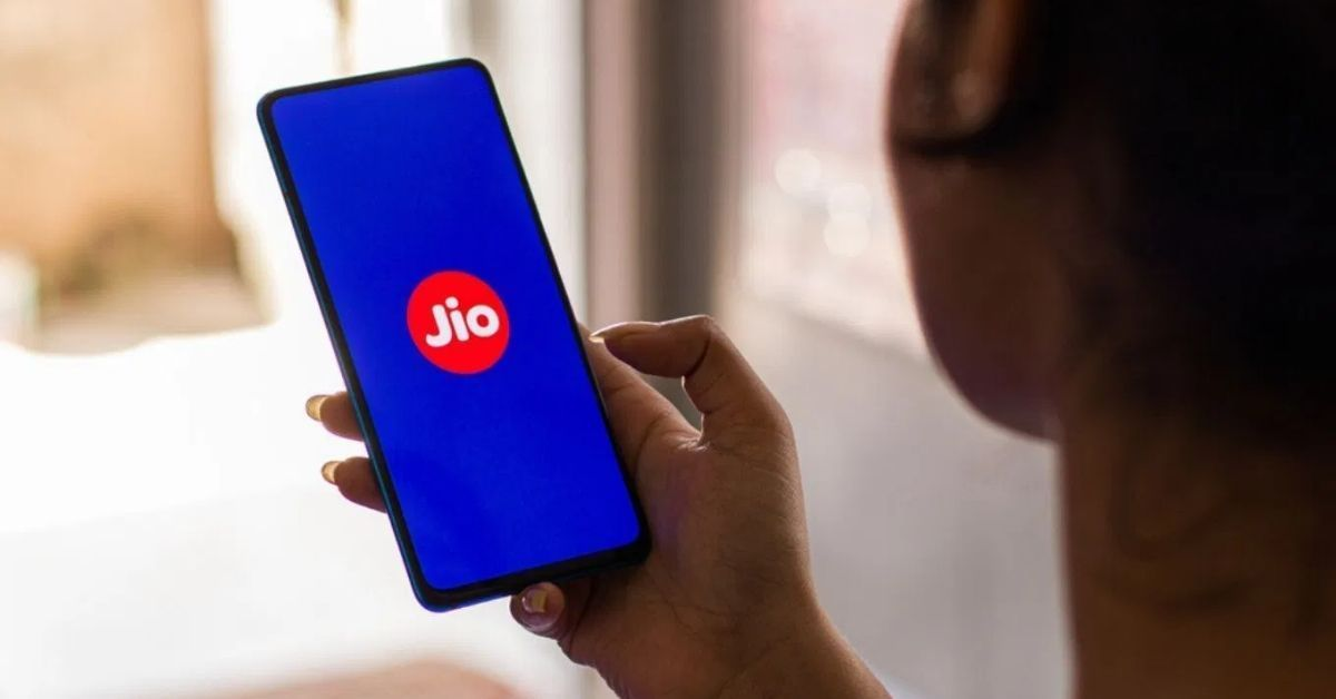 Silver Lake Backs Reliance Jio Again With INR 4,546 Cr Funding To Grab 2.08% Stake